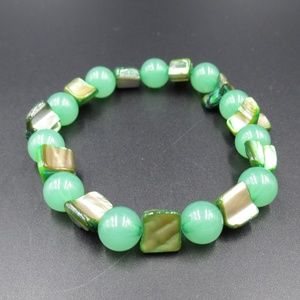 Vintage Green Glass & Shell Expandable Bracelet